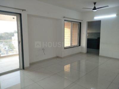 Gallery Cover Image of 1430 Sq.ft 3 BHK Apartment for rent in Kharadi for 30000