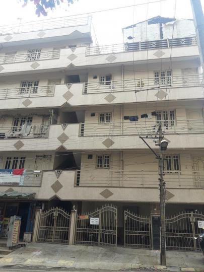 जेपी नगर में कृष्ण पीजी में बिल्डिंग की तस्वीर