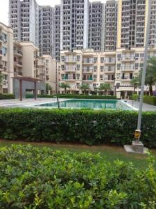 Gallery Cover Image of 1446 Sq.ft 3 BHK Apartment for rent in Sare Crescent Parc, Sector 92 for 12000