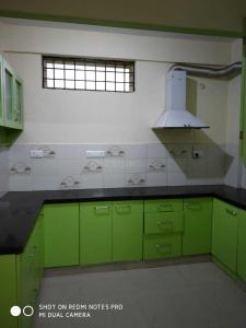 Gallery Cover Image of 1100 Sq.ft 2 BHK Apartment for rent in Brookefield for 22000