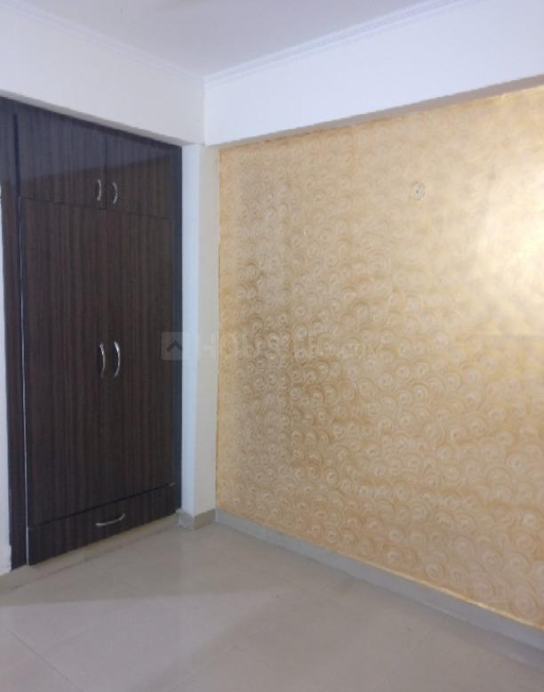 Living Room Image of 1015 Sq.ft 2 BHK Apartment for rent in Amrapali Princely Estate, Sector 76 for 14000