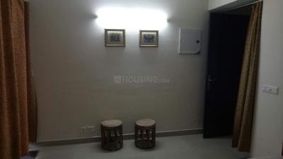 Gallery Cover Image of 950 Sq.ft 2 BHK Apartment for rent in Sethi Max Royal, Sector 76 for 18000