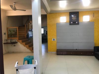 Gallery Cover Image of 1500 Sq.ft 3 BHK Apartment for buy in Karia Konark Pooram, Kondhwa for 8000000