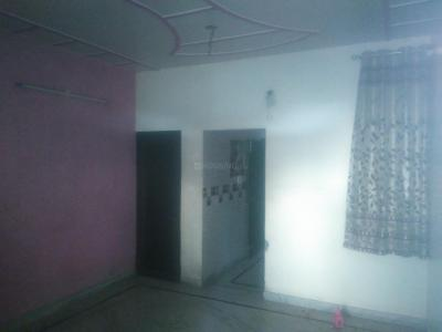 Gallery Cover Image of 240 Sq.ft 1 BHK Independent Floor for rent in Sector 6 Rohini for 10000