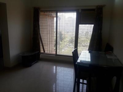 Gallery Cover Image of 640 Sq.ft 1 BHK Apartment for rent in Goregaon West for 30000