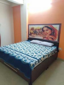 Gallery Cover Image of 1280 Sq.ft 3 BHK Villa for rent in Divine Grace Society, Omega IV Greater Noida for 9000