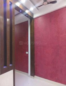 Gallery Cover Image of 750 Sq.ft 1 BHK Independent Floor for buy in Niti Khand for 3000000