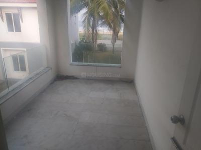 Gallery Cover Image of 2800 Sq.ft 4 BHK Villa for rent in Neelankarai for 120000