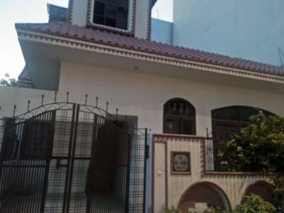 Gallery Cover Image of 1300 Sq.ft 3 BHK Independent House for rent in Alpha II Greater Noida for 15000