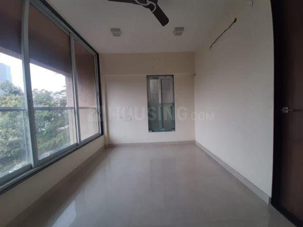 दादर ईस्ट  में 30000000  खरीदें  के लिए 30000000 Sq.ft 2 BHK अपार्टमेंट के हॉल  की तस्वीर