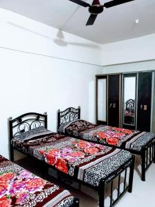 Bedroom Image of The Habitat Mumbai in Thane West