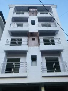 Gallery Cover Image of 985 Sq.ft 2 BHK Apartment for buy in Shanti Nagar for 9500000