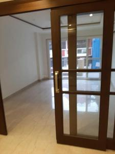 Gallery Cover Image of 2400 Sq.ft 3 BHK Independent Floor for rent in South Extension II for 75000