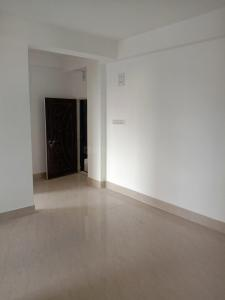 Gallery Cover Image of 850 Sq.ft 2 BHK Apartment for buy in Rahara for 2125000