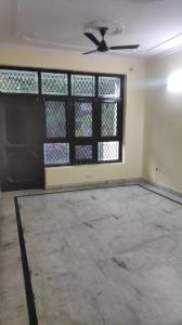 Gallery Cover Image of 2700 Sq.ft 3 BHK Independent Floor for rent in Sector 53 for 18000