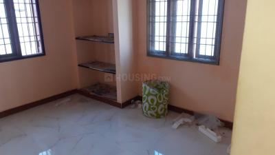 Gallery Cover Image of 670 Sq.ft 2 BHK Independent House for rent in Thoraipakkam for 14000