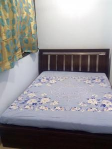 Gallery Cover Image of 600 Sq.ft 1 BHK Apartment for rent in Marine Lines for 46000