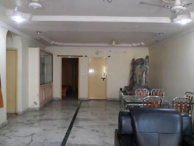 Gallery Cover Image of 1300 Sq.ft 2 BHK Apartment for rent in Tarnaka for 20000