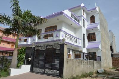 Gallery Cover Image of 960 Sq.ft 1 BHK Independent House for rent in Sector 17 for 14500