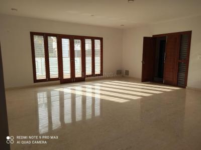 Gallery Cover Image of 2500 Sq.ft 3 BHK Apartment for rent in Ravi Residency, Banashankari for 79000