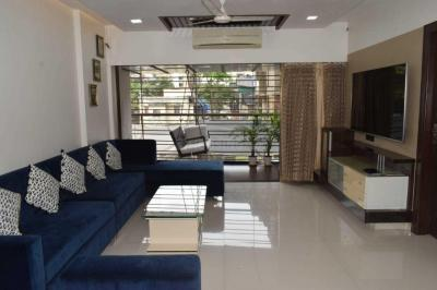 Gallery Cover Image of 1800 Sq.ft 3 BHK Independent Floor for buy in Santacruz East for 45000000