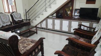 Gallery Cover Image of 2000 Sq.ft 3 BHK Independent House for rent in Vyttila for 30000