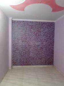 Gallery Cover Image of 800 Sq.ft 3 BHK Independent Floor for buy in Dwarka Mor for 4700000