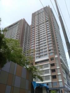 Gallery Cover Image of 1592 Sq.ft 4 BHK Apartment for rent in Andheri West for 200000