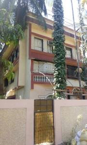 Gallery Cover Image of 4000 Sq.ft 5 BHK Independent House for buy in Borivali East for 80000000