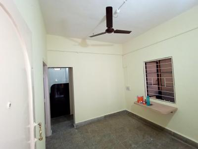 Gallery Cover Image of 750 Sq.ft 1 BHK Independent House for rent in Hadapsar for 7500