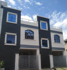 Gallery Cover Image of 1800 Sq.ft 5 BHK Independent House for buy in Bandlaguda Jagir for 8400000