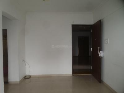 Gallery Cover Image of 778 Sq.ft 2 BHK Apartment for rent in Thane West for 16000