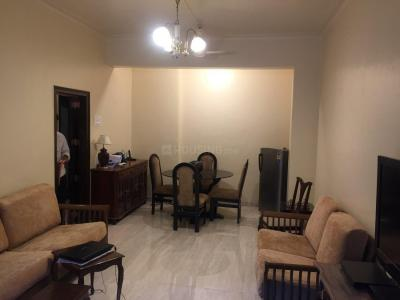 Gallery Cover Image of 750 Sq.ft 1 BHK Apartment for rent in Cuffe Parade for 70000