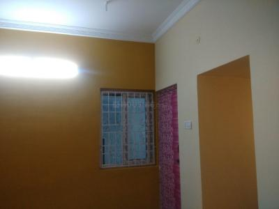 Gallery Cover Image of 900 Sq.ft 1 RK Independent House for rent in Thoraipakkam for 13000