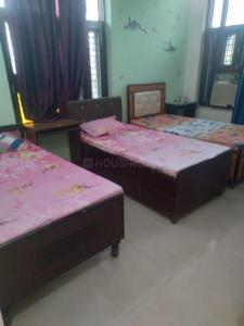 Bedroom Image of PG Available Noida All Sectors Girl And Boys in Sector 32