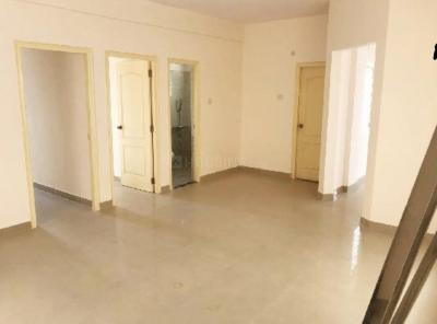 Gallery Cover Image of 1350 Sq.ft 2 BHK Apartment for rent in Bommasandra for 11000