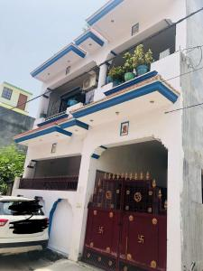 Gallery Cover Image of 2500 Sq.ft 3 BHK Independent House for buy in Kalyanpur (West) for 12000000