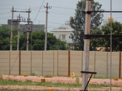 Gallery Cover Image of 1000 Sq.ft Residential Plot for buy in Krishnarajapura for 2300000