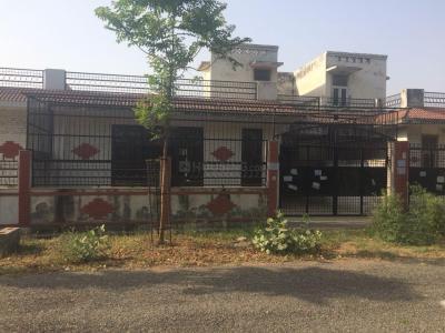 Gallery Cover Image of 2153 Sq.ft 3 BHK Independent House for buy in Sector Xu 1 Greater Noida for 7100000