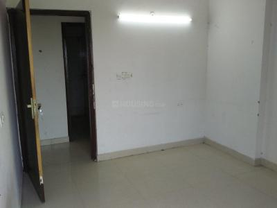 Gallery Cover Image of 1670 Sq.ft 3 BHK Apartment for rent in Chi V Greater Noida for 17000