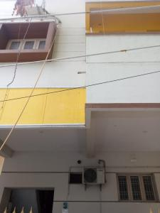 Gallery Cover Image of 600 Sq.ft 1 BHK Apartment for rent in Adambakkam for 10500