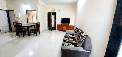 Gallery Cover Image of 1500 Sq.ft 3 BHK Apartment for buy in Navrangpura for 8200000