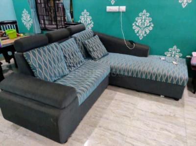 Gallery Cover Image of 1200 Sq.ft 1 BHK Independent Floor for rent in Velachery for 18000