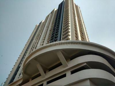 Gallery Cover Image of 1040 Sq.ft 2 BHK Apartment for rent in Goregaon East for 50000