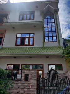 Gallery Cover Image of 1850 Sq.ft 3 BHK Independent House for rent in Delta I Greater Noida for 13000
