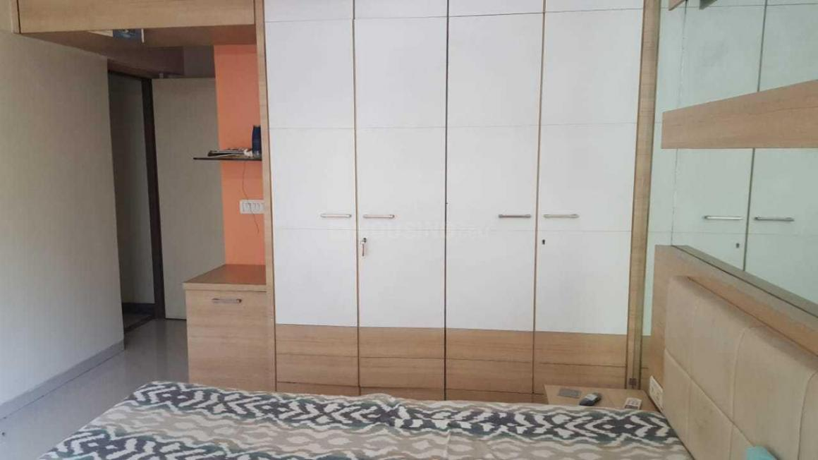 Bedroom Image of 1000 Sq.ft 2 BHK Apartment for rent in Andheri West for 70000