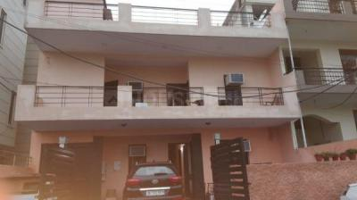Gallery Cover Image of 120 Sq.ft 1 RK Apartment for rent in Sector 32 for 8500