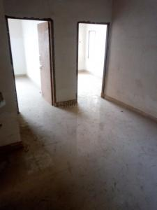Gallery Cover Image of 750 Sq.ft 2 BHK Apartment for buy in Rahara for 1650000