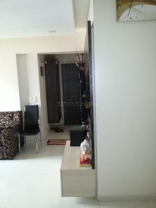 Gallery Cover Image of 850 Sq.ft 2 BHK Apartment for rent in Group Rushi Heights, Malad East for 45000