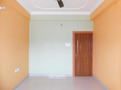 Gallery Cover Image of 1000 Sq.ft 2 BHK Apartment for buy in Tollygunge for 5200000